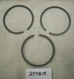 Briggs and Stratton Ring Set Part# 297815