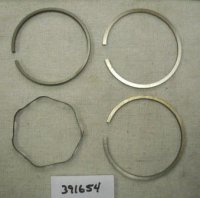 Briggs and Stratton Ring Set Part# 391654