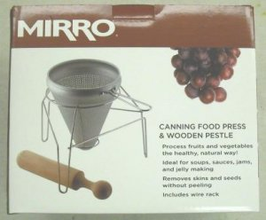 Mirro Food Press and Wood Pestle