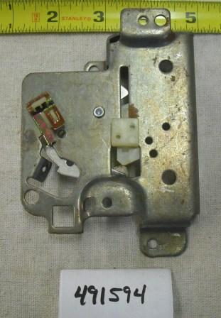 Briggs and Stratton Control Plate Part# 491594