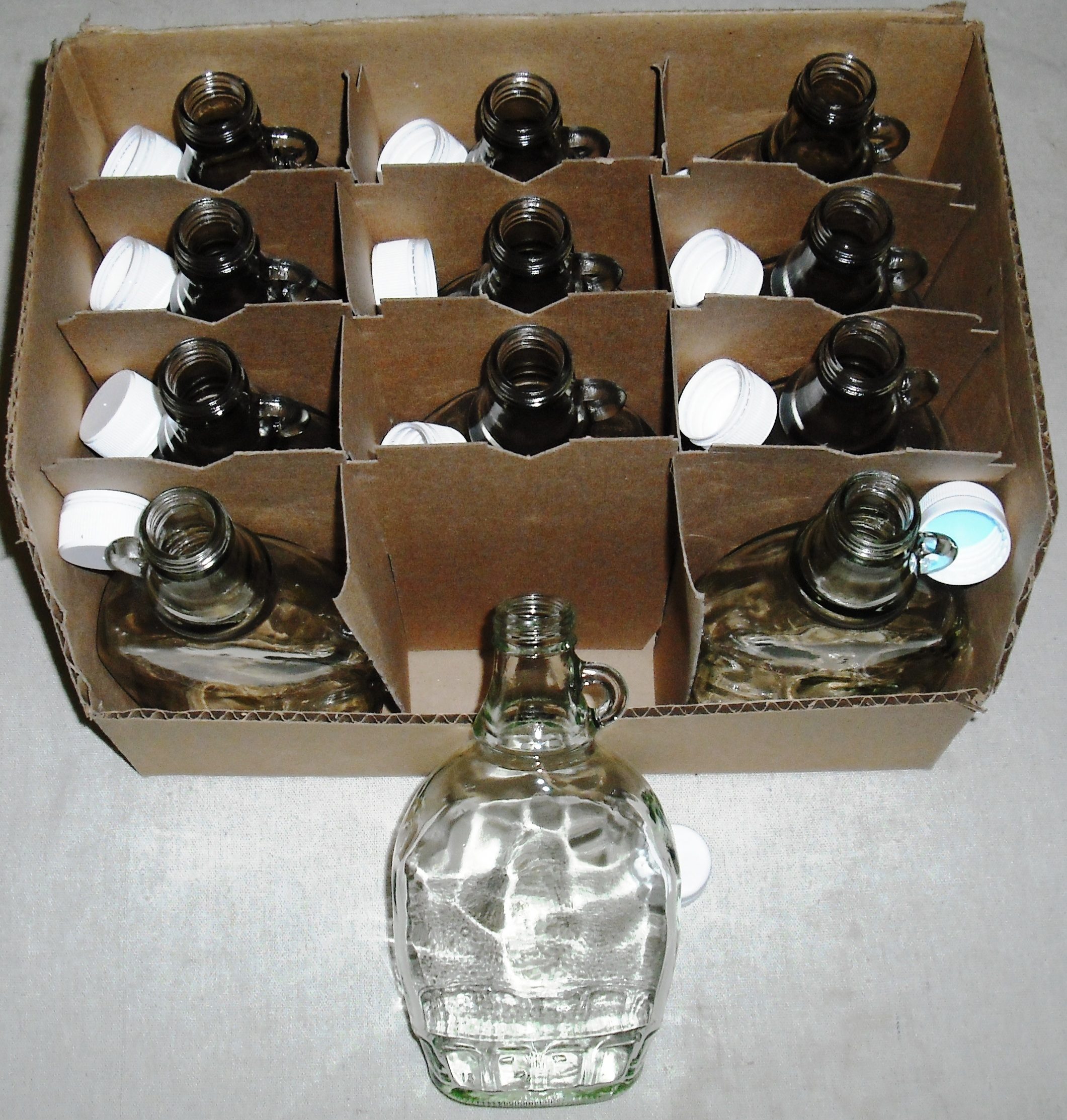 One Dozen 3/4 Pint 12 oz Glass Maple Syrup Jars