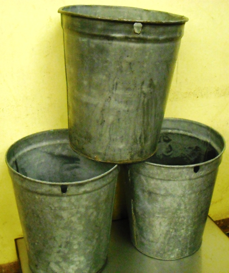 4 Gal. Used Galv. Maple Syrup Buckets